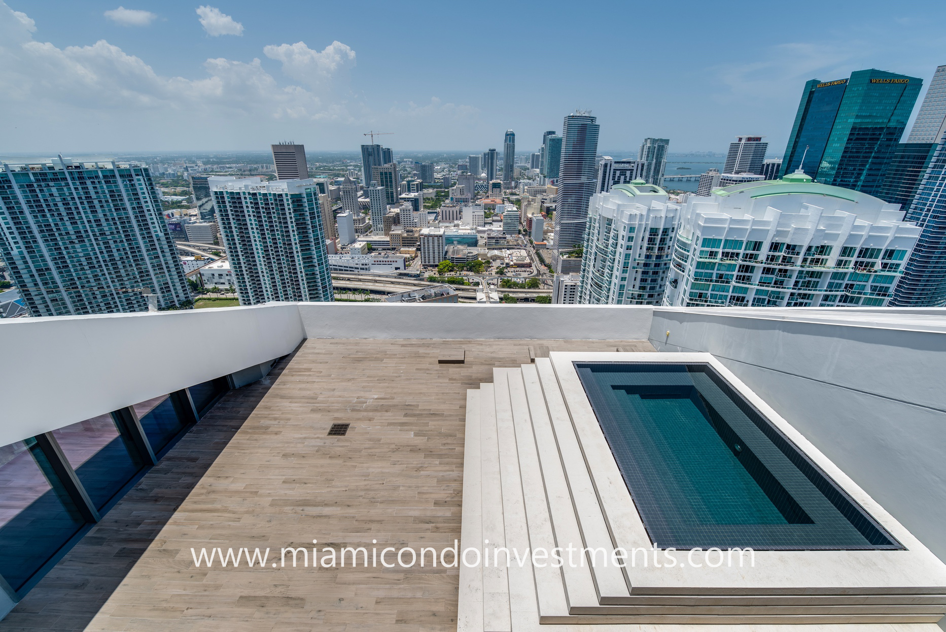rooftop terrace with Jacuzzi off master bedroom