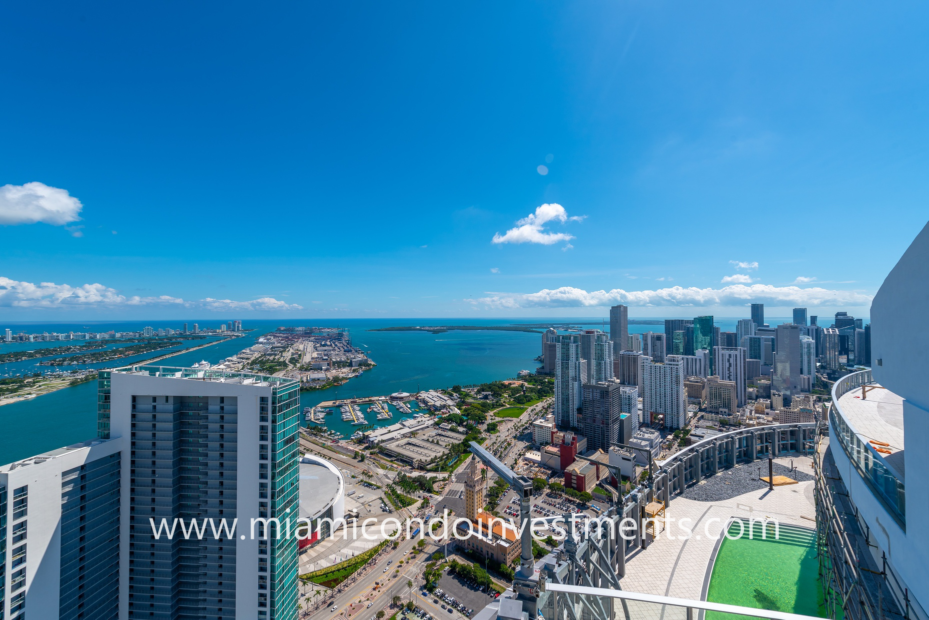 Views southeast from atop Paramount Miami Worldcenter