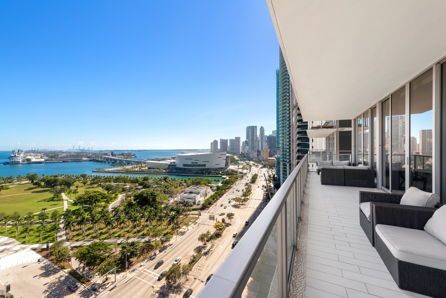 326-square-foot balcony