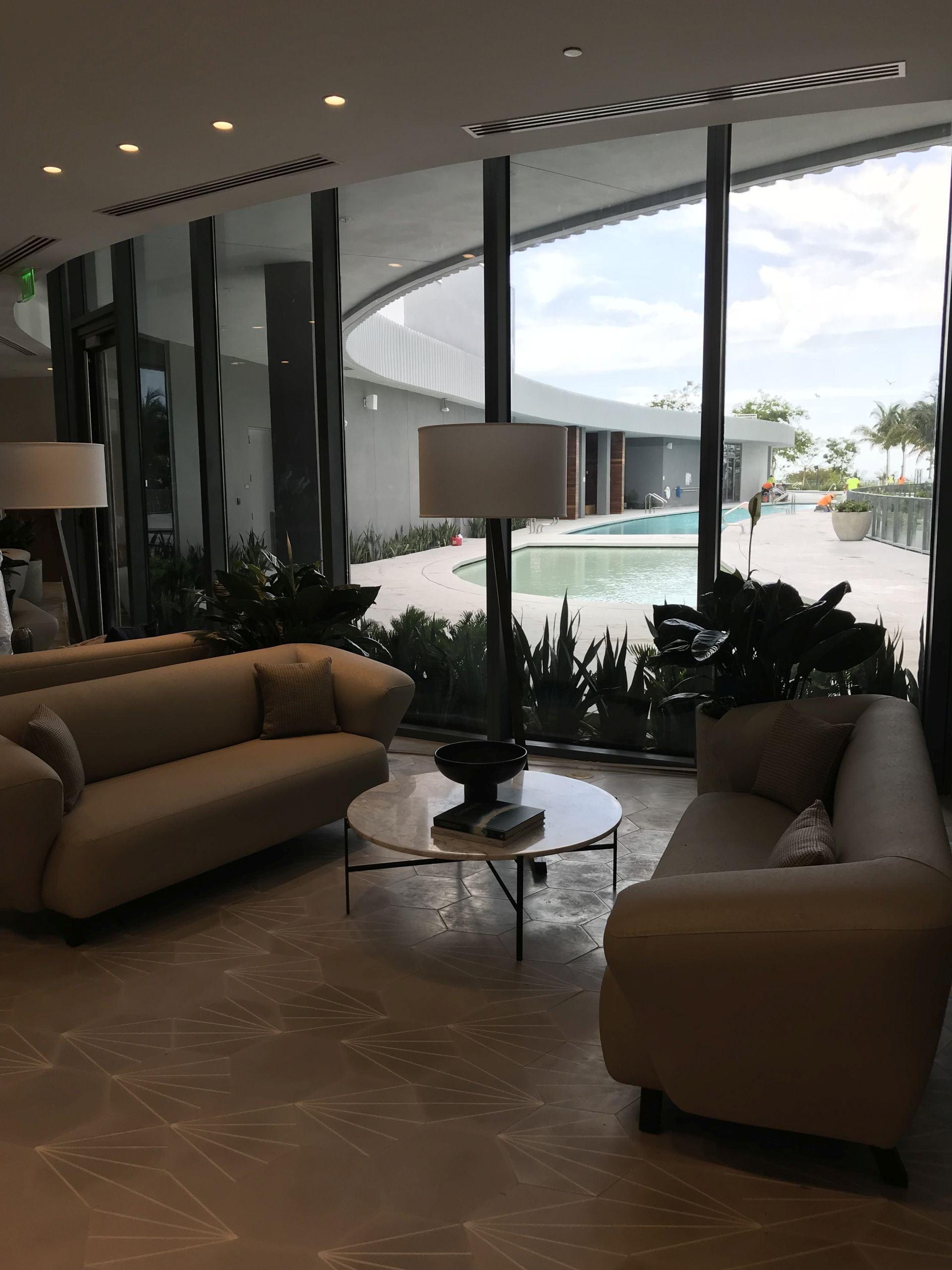 poolside restaurant lounge area