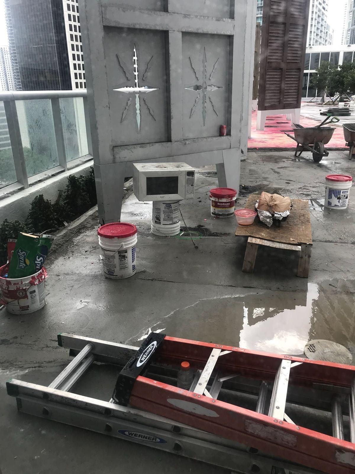 Icon Brickell pool deck construction