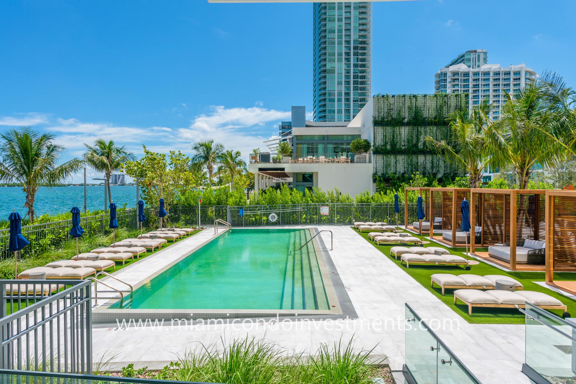 One Paraiso ground floor pool deck