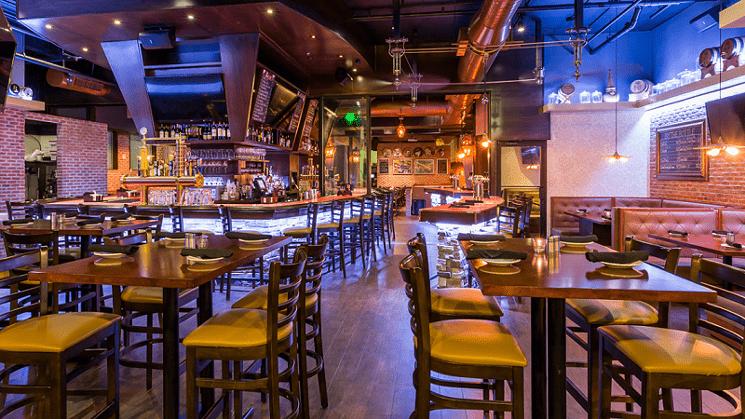 El bar en Batch Gastropub