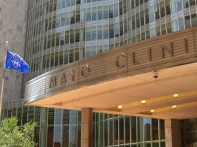 Los valores y la cultura centrados en el paciente de Mayo Clinic impulsan su estrategia 2030 para curar, conectar y transformar la atención médica