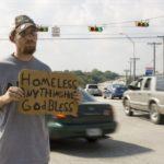Miami Beach intenta una vez más prohibir el panhandling, una actividad protegida por la Constitución