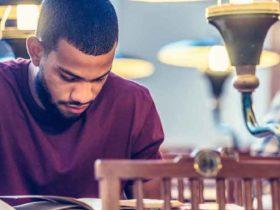 ¿Un aplazamiento o indulgencia de préstamos estudiantiles afecta su crédito?