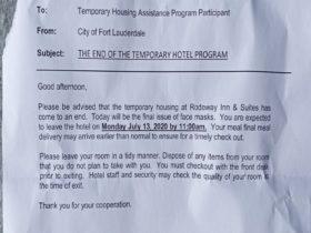 Mientras COVID se enfurece, Fort Lauderdale desaloja a las personas sin hogar del refugio del hotel