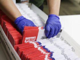 Los miembros de la junta del Partido Republicano de Ohio bloquean el plan para pagar el franqueo de las boletas electorales por correo