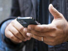 Apple podría apaciguar las preocupaciones antimonopolio sugiriendo aplicaciones de terceros a los nuevos propietarios de iPhone