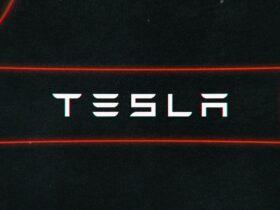 La nueva función Boombox de Tesla permitirá a los propietarios de automóviles tirarse pedos ante vecinos desprevenidos