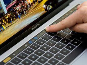 Microsoft se burla de la barra táctil condenada de Apple en el nuevo anuncio de Surface