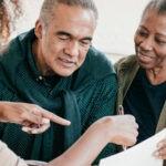 Guía de gastos médicos para personas mayores sin endeudarse