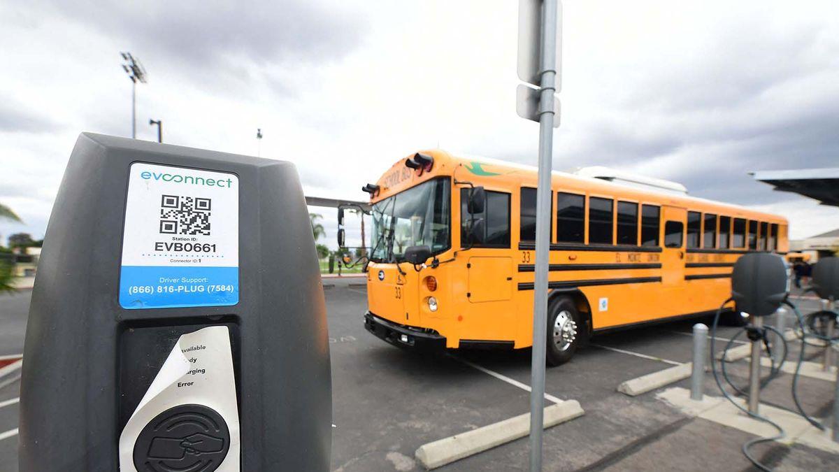 autobús escolar eléctrico