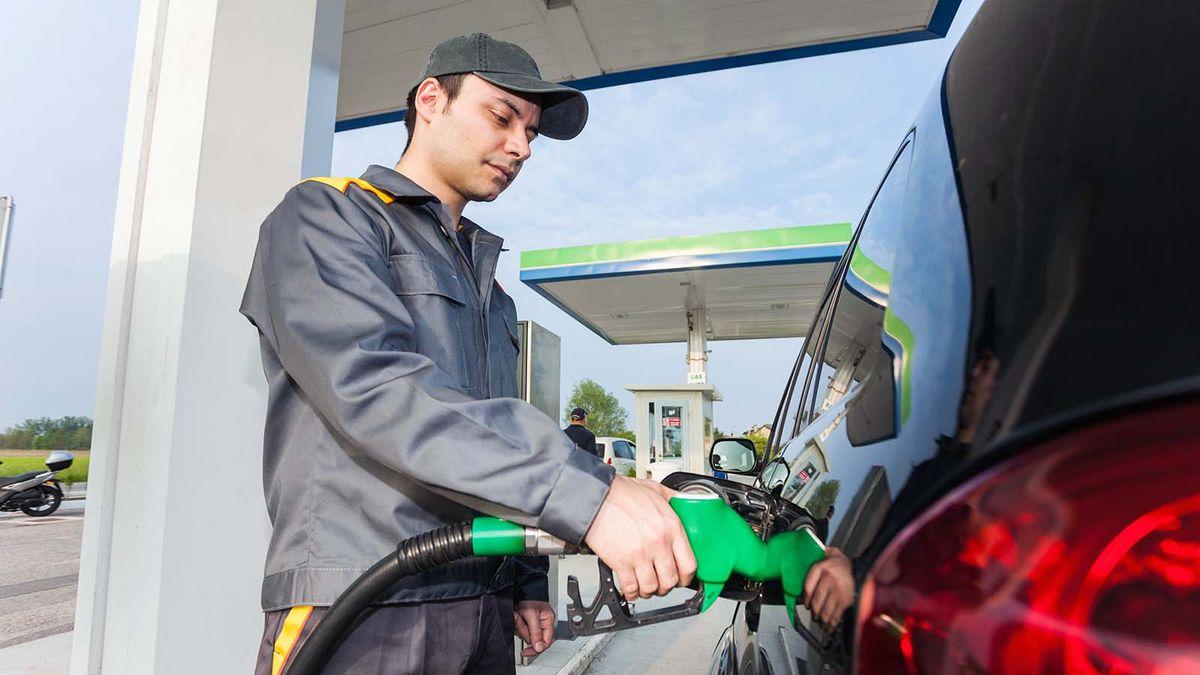 ¿Por qué no puede bombear su propia gasolina en Nueva Jersey?